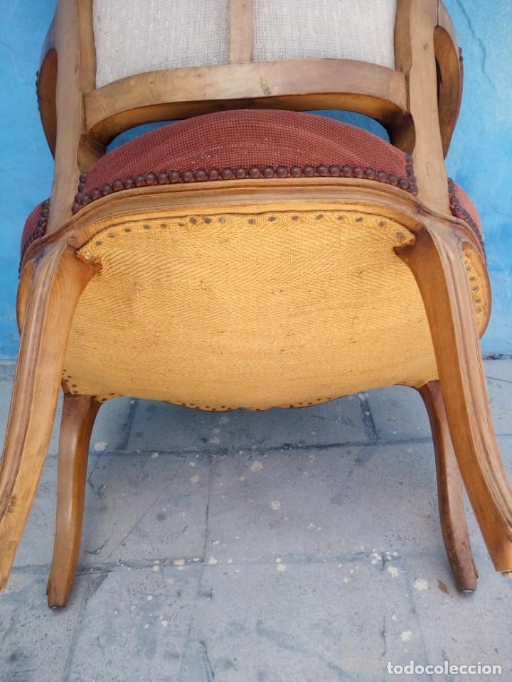 Antigüedades: Antiguo sillon de roble tallado,tapizado bordado a mano,isabelino,de muelles,siglo xix - Foto 14 - 172638064