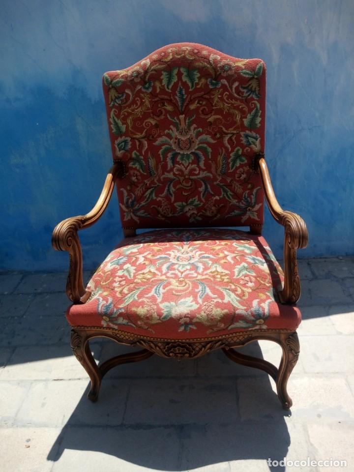 Antigüedades: Antiguo sillon de roble tallado isabelino,tapizado bordado a mano,rojo floral,de muelles,siglo xix - Foto 2 - 172638982