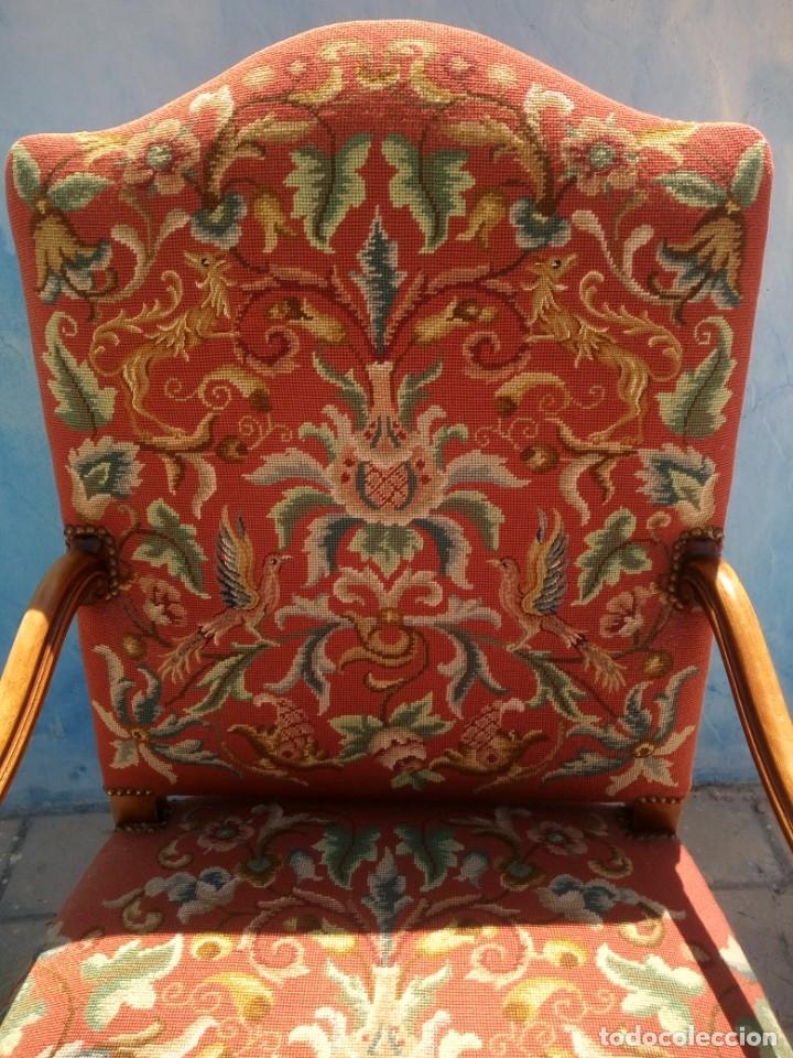 Antigüedades: Antiguo sillon de roble tallado isabelino,tapizado bordado a mano,rojo floral,de muelles,siglo xix - Foto 3 - 172638982