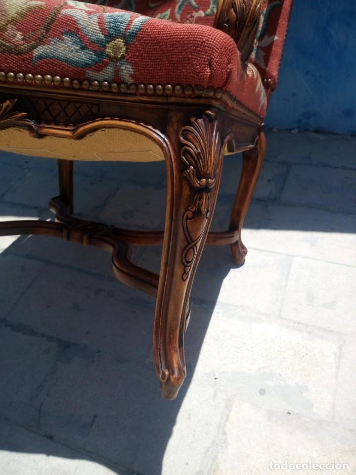 Antigüedades: Antiguo sillon de roble tallado isabelino,tapizado bordado a mano,rojo floral,de muelles,siglo xix - Foto 13 - 172638982