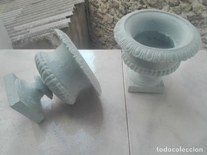 Antigüedades: Pareja de copas tipo Medici. Hierro colado - Foto 8 - 172641360