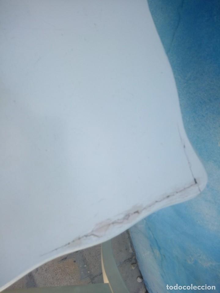 Antigüedades: Precioso conjunto de dormitorio,mesa joyero,2 sillas,taburete y1 cojín.madera blanco y azul.siglo xx - Foto 16 - 172650530
