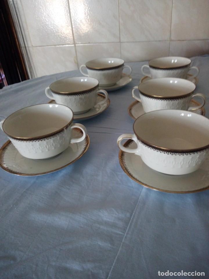Antigüedades: Preciosa juego de consomé,12 piezas de porcelana mitterteich bavaria decoración negro y oro. - Foto 2 - 172654818