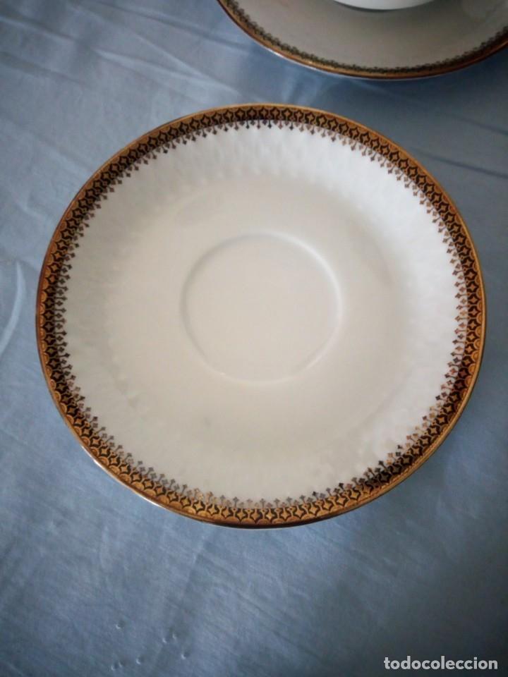 Antigüedades: Preciosa juego de consomé,12 piezas de porcelana mitterteich bavaria decoración negro y oro. - Foto 5 - 172654818