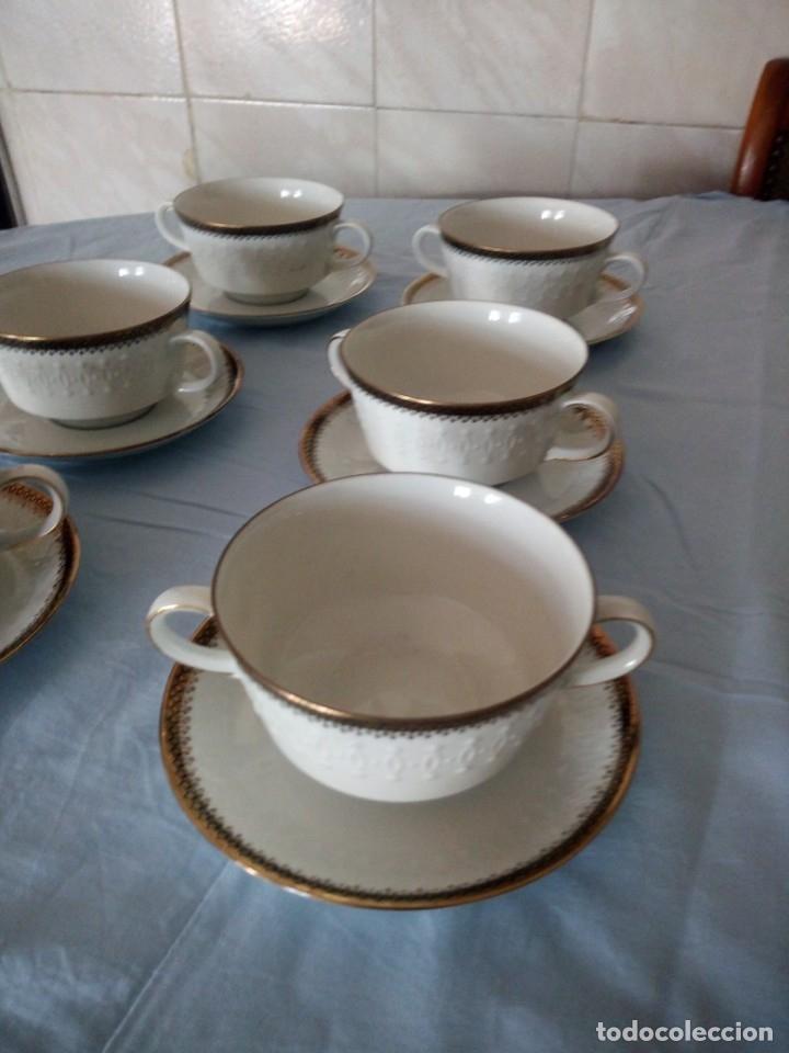 Antigüedades: Preciosa juego de consomé,12 piezas de porcelana mitterteich bavaria decoración negro y oro. - Foto 8 - 172654818