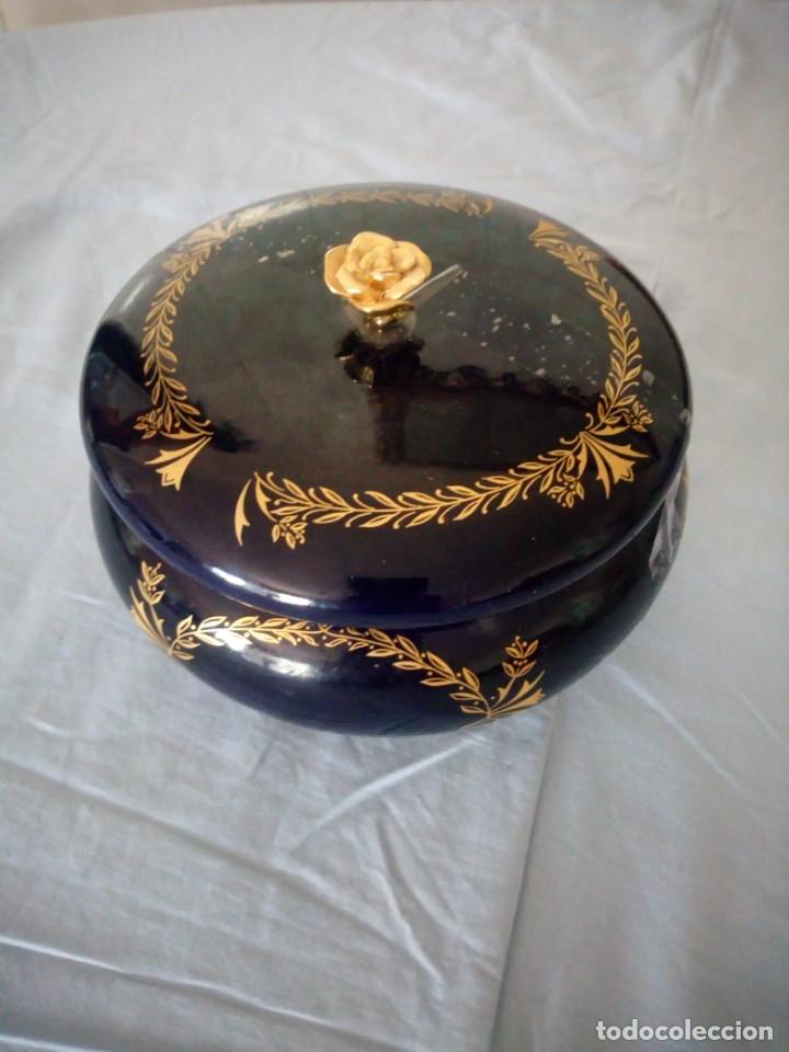 Antigüedades: Precioso joyero de porcelana azul cobalto y oro,sin marca,porcelana fina. - Foto 2 - 172654912