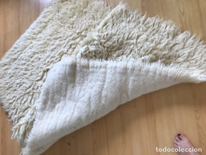 Antigüedades: gran alfombra lana pura rizada solida tejida detras en telar preciosa comoda impecable es antigua - Foto 21 - 172683619