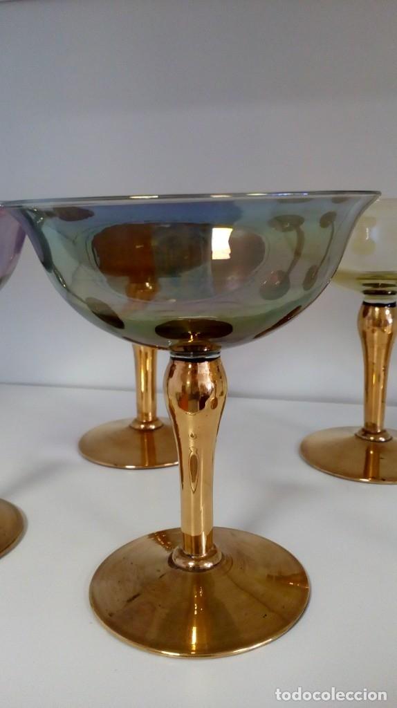Antigüedades: Precioso juego de 6 copas de cristal antiguo de colores y oro - Foto 5 - 172700912