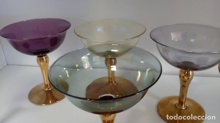 Antigüedades: Precioso juego de 6 copas de cristal antiguo de colores y oro - Foto 15 - 172700912
