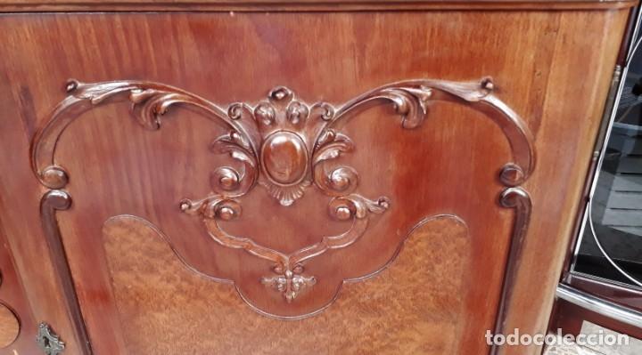 Antigüedades: Aparador antiguo estilo chippendale. Bufet, trinchero, mueble de salón espejo estilo inglés vintage. - Foto 12 - 172723414