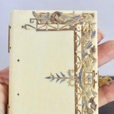 Antigüedades: ELEGANTE CARNET DE BAILE EN MARFIL Y ORO - S XIX, 11 X 7 CM. Lote 172747175