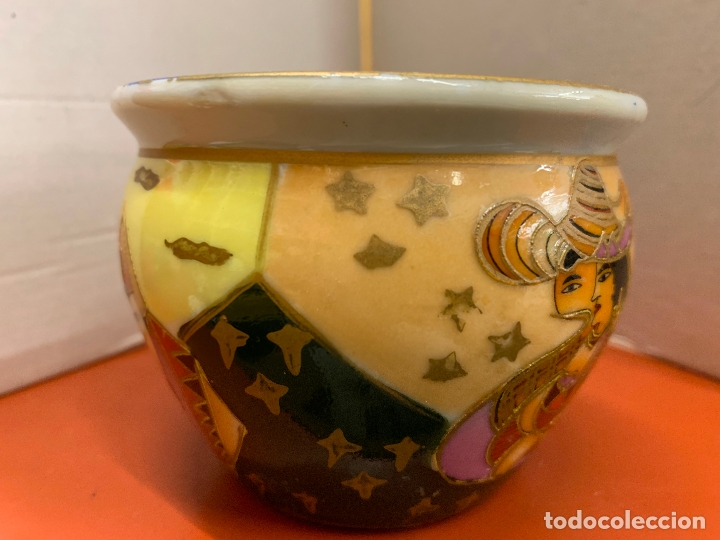 Antigüedades: Precioso macetero de porcelana o ceramica china. Mide 10,5cms diametro y 8cm altura - Foto 4 - 172765275
