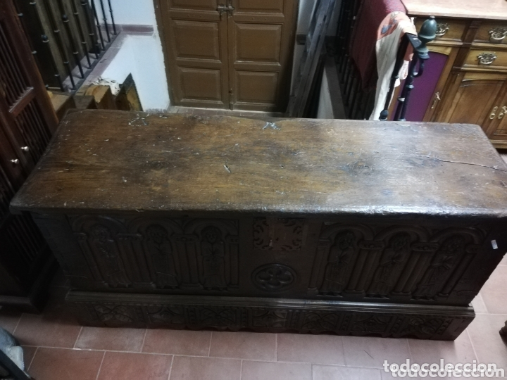 Antigüedades: Arca tallada apóstoles - Foto 8 - 172765715
