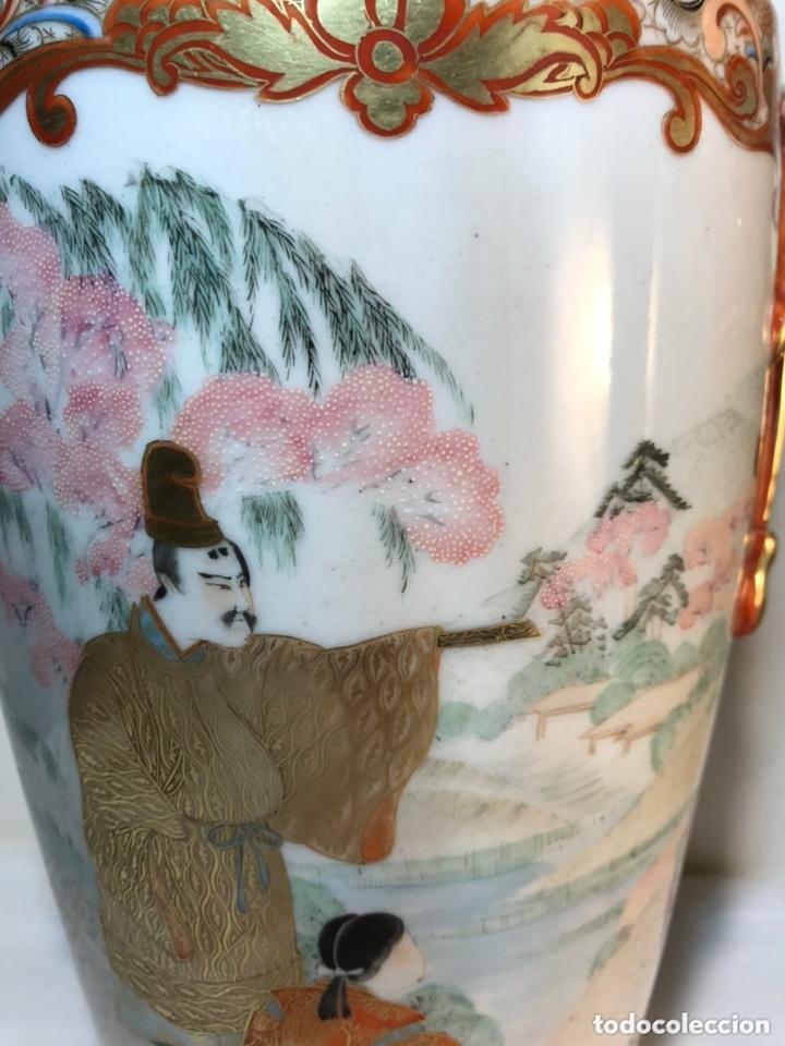 Antigüedades: 2 Jarrones Porcelana- Japón- Kutani- 33 cm - Foto 3 - 172779528