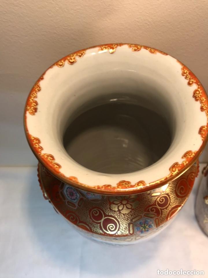 Antigüedades: 2 Jarrones Porcelana- Japón- Kutani- 33 cm - Foto 6 - 172779528