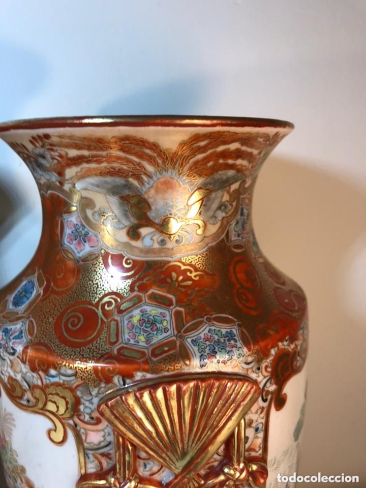 Antigüedades: 2 Jarrones Porcelana- Japón- Kutani- 33 cm - Foto 35 - 172779528