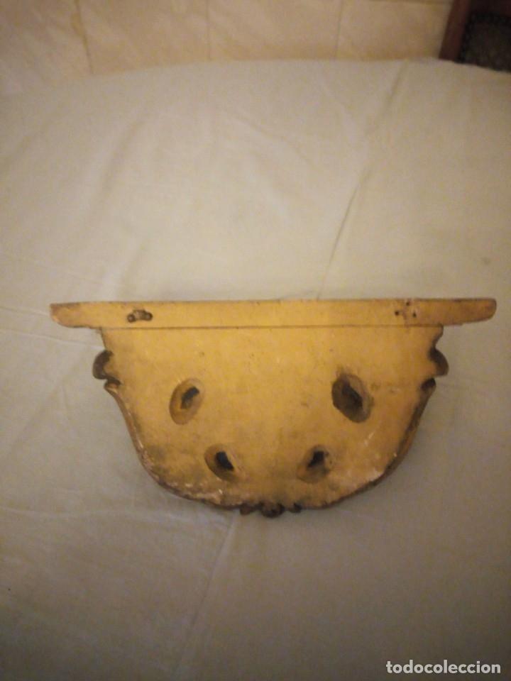 Antigüedades: Antigua mensula de madera recubierta de cerámica y pintada en oro,siglo xix - Foto 5 - 172781309