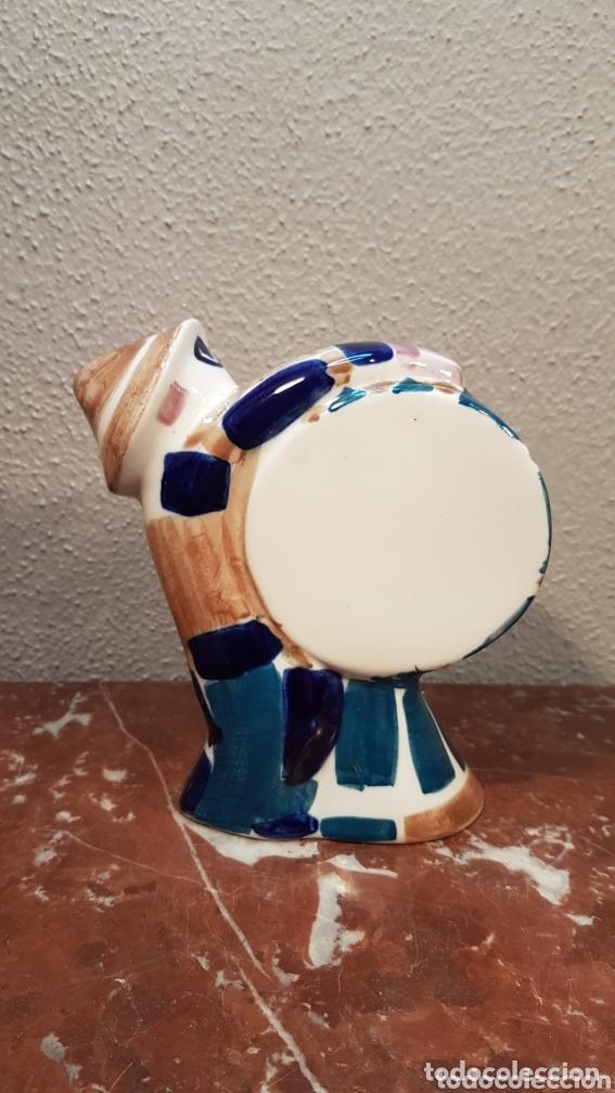 Antigüedades: Hombre con bombo cerámica Sargadelos. Medidas 15,5 cm largo x 16 cm alto. - Foto 4 - 172794965