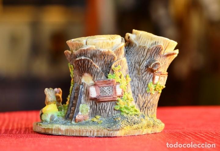 Antigüedades: FIGURA DE RESINA VINTAGE: STUMP HOUSE - Foto 2 - 172808939