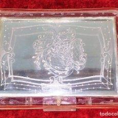 Antigüedades: NECESER DE DAMA. RESINA TRANSPARENTE. ESPAÑA. CIRCA 1920. Lote 172841005