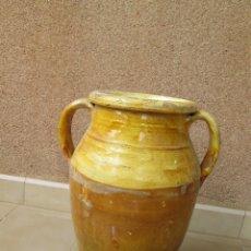 Antigüedades: ANTIGUA TINAJA DE BARRO - 37 CM DE ALTURA - 17 CM DE BOCA. Lote 172853565