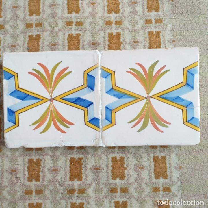 CENEFA DE DOS AZULEJOS DE ONDA. SIGLO XIX. (Antigüedades - Porcelanas y Cerámicas - Azulejos)