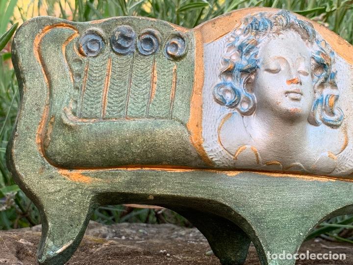 Antigüedades: Extraordinaro centro de mesa modernista, de Olot. En terracota policromada - Foto 8 - 172899123