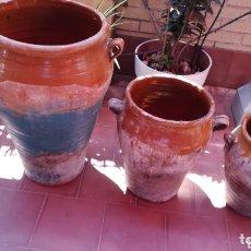 Antigüedades: CONJUNTO 3 VASIJAS DE CERÁMICA DE CAMPO REAL. Lote 172936102