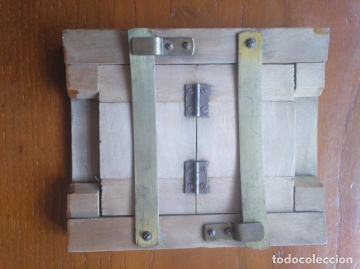 Antigüedades: MARCO ANTIGUO CON HERRAJES - Foto 2 - 172941684