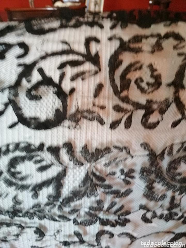 Antigüedades: Antigua mantilla de terno para restaurar o enmarcar - Foto 10 - 172972294
