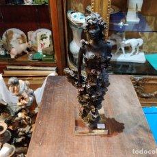 Antigüedades: ESCULTURA ARTE ROMERA 1999, HECHO EN ESPAÑA Y PINTADO A MANO - 34CM ALTO. Lote 172983472