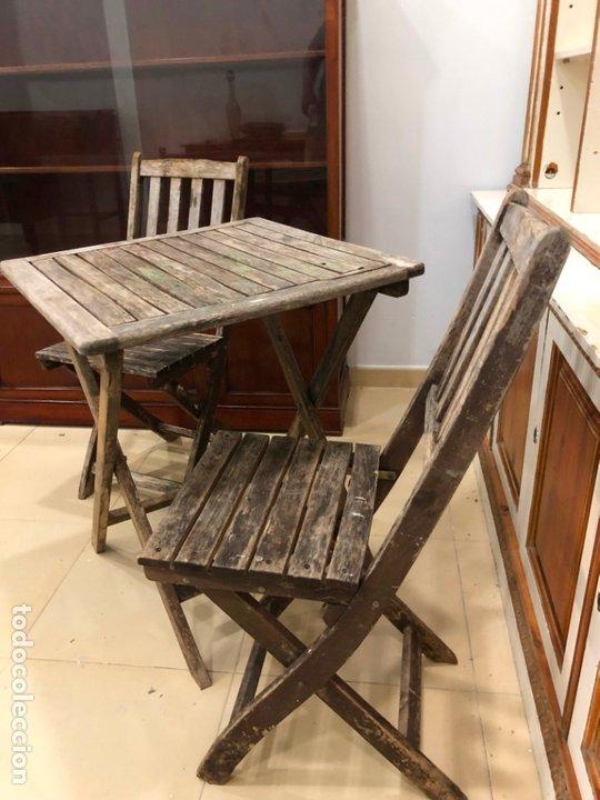 Antigüedades: ANTIGUO CONJUNTO DE MESA Y SILLAS PLEGABLES - Foto 7 - 172992764