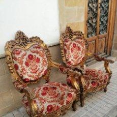 Antigüedades: PAREJA DE SILLONES DORADOS. Lote 172999144