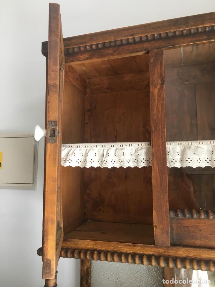 Antiguo mueble alacena de cocina rustica en mad - Verkauft ...