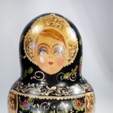 Antigüedades: MATRIOSKAS PINTADAS A MANO. 11 MEDIDAS. ORNAMENTOS AL ORO FINO. LEYENDA EN BASE.RUSIA. PRINCIPIOS XX. Lote 173003470