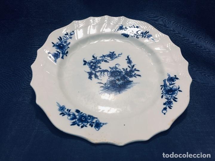 Antigüedades: plato porcelana alemana s xviii ochavado marca impresa 24cms - Foto 2 - 173005892