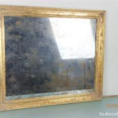 Antigüedades: MAGNIFICO ESPEJO IMITACIÓN ANTIGUO EN PAN DE ORO. Lote 119283263