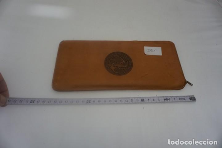 ANTIGUA CARTERA PARA DOCUMENTOS EN CUERO AMERICANA 1950 / UNITED STATES NAVY (Antigüedades - Moda y Complementos - Hombre)
