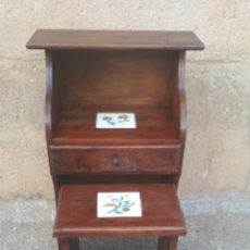 Antigüedades: ESCRITORIO MADERA GRUESA.. Lote 173080123