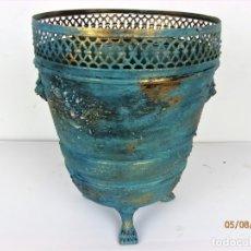 Antigüedades: ANTIGUO MACETERO EN COBRE RESTAURADO. Lote 148672534