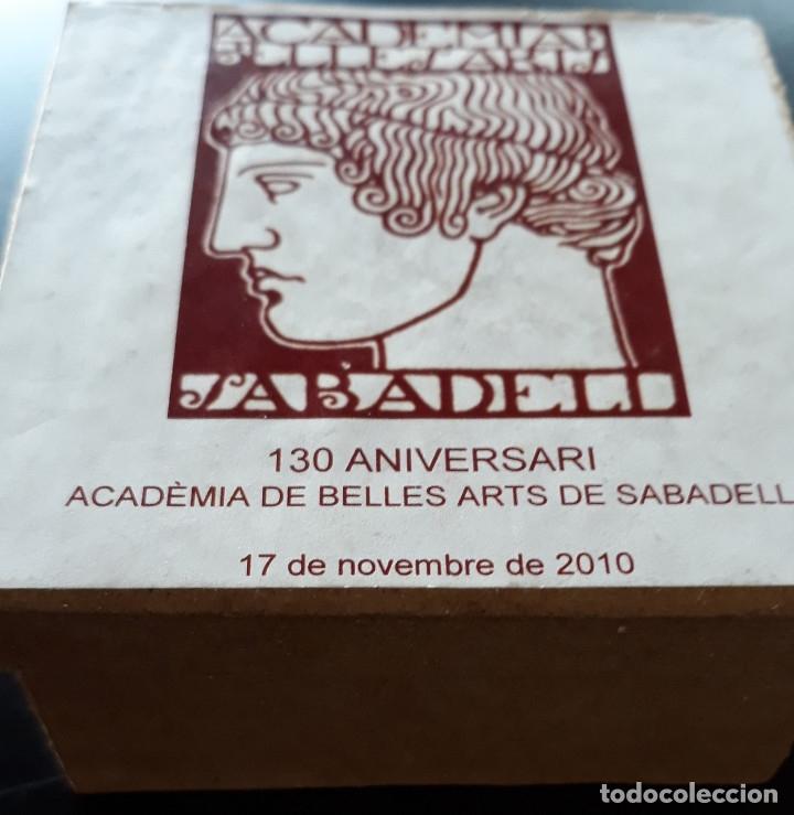 Antigüedades: MEDALLA DE ACADEMIA BELLES ARTS SABADELL( 130 Aniversario ) - Foto 5 - 171158449