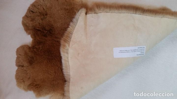 Antigüedades: EXPLENDIDA Alfombra de piel natural. Sin estrenar - Foto 3 - 173115117