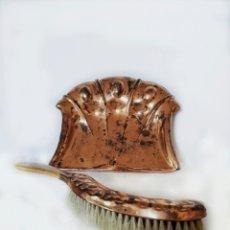 Antigüedades: JUEGO DE COBRE PARA RECOGER MIGAS.. Lote 173121778