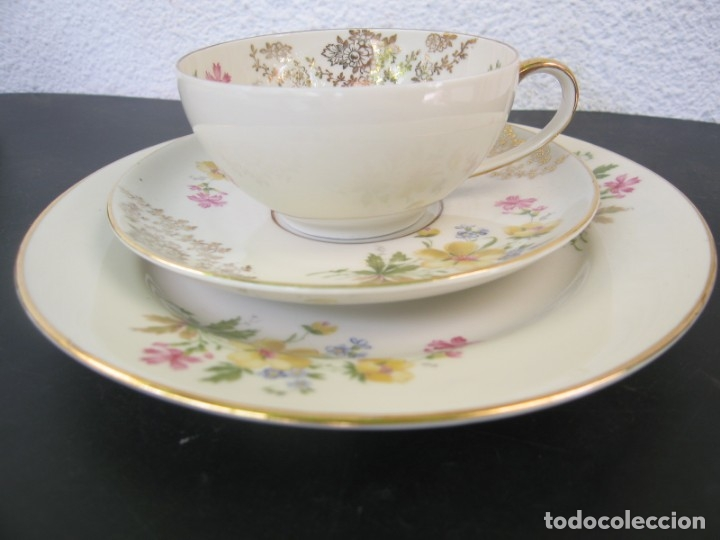 JUEGO DE TE O CAFE DE PORCELANA BLANCA ALEMANA KONFEKTSCHALE JOHANN SELTMANN 3 PIEZAS TAZA Y 2 PLAT (Antigüedades - Porcelana y Cerámica - Alemana - Meissen)