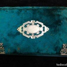Antigüedades: CARTERA AGENDA ANTIGUA DE TERCIOPELO Y REMATES DE PLATA - MEDIDA 18X12 CM. Lote 173359315