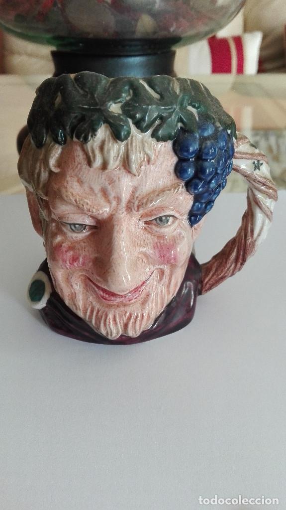 JARRA PORCELANA INGLESA ROYAL DOULTON BACCHUS 10 CENTIMETROS LEER DESCRIPCIÓN (Antigüedades - Porcelanas y Cerámicas - Inglesa, Bristol y Otros)