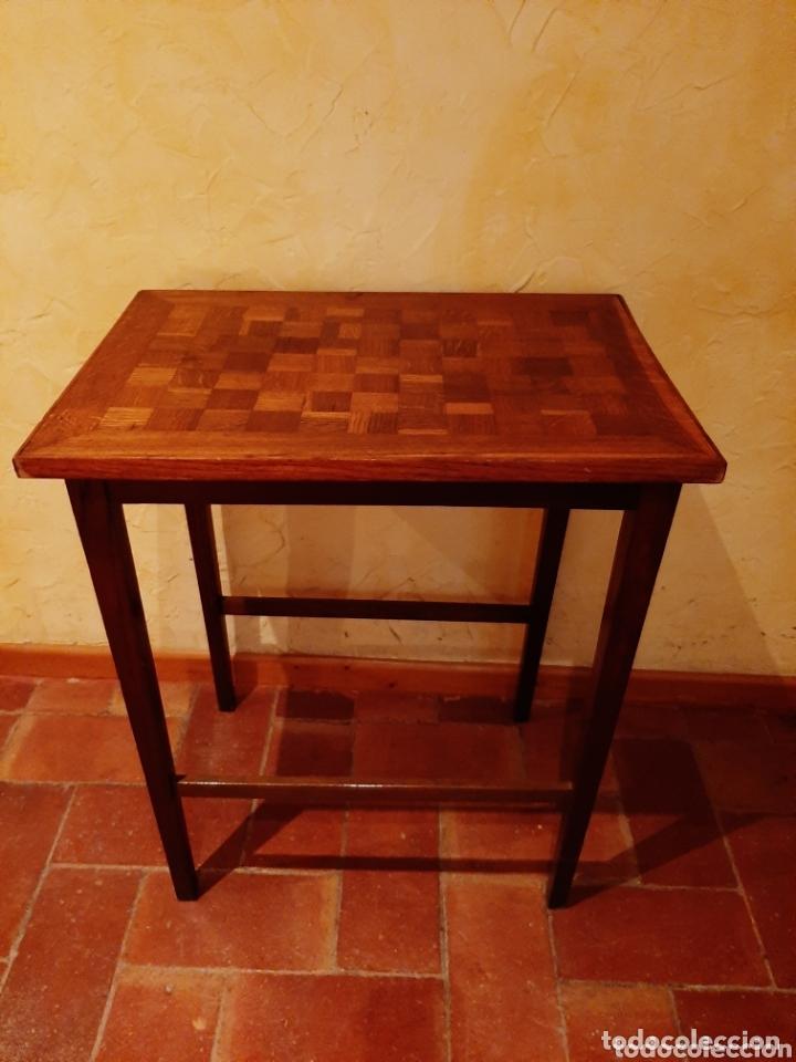 MESA AUXILIAR TARACEADA SIGLO XVIII (Antigüedades - Muebles Antiguos - Mesas Antiguas)