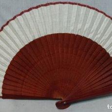 Antigüedades: ABANICO MADERA Y TELA . Lote 173401123