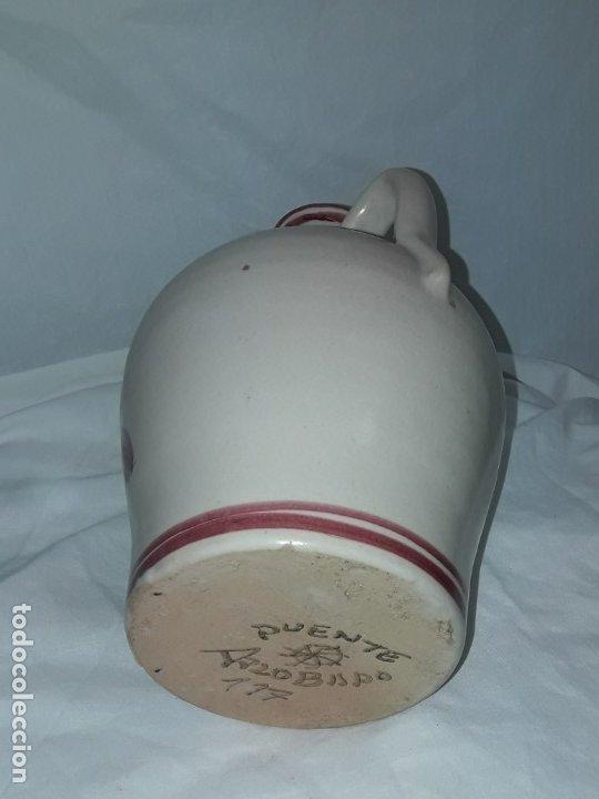 Antigüedades: Preciosa jarra vinagrera aceitera Cerámica Puente del Arzobispo hecha y pintada a mano 21cm - Foto 8 - 173409309