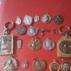 Antigüedades: LOTE DE MEDALLAS ANTIGUAS Y MODERNAS Y MAS. Lote 173464350